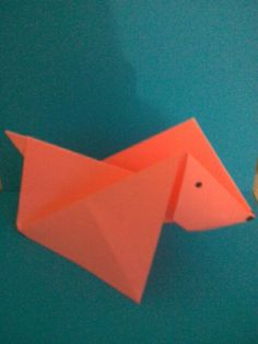 Encuentra el Paso a paso de este perro en origami aquí: https://www.youtube.com/watch?v=vEWaL7LiDbI