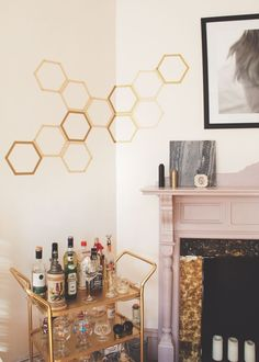 DIY: removable honeycomb wall decal