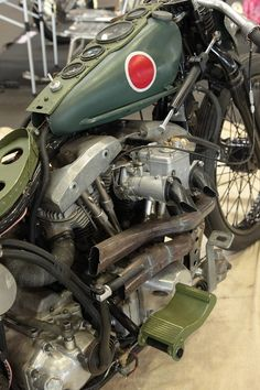 WWII Japanese Zero bike.  WON DER FULLLLLL    A MA ZINGGG  !!