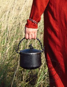 Forged metal cauldron 1L with lid :: Medievalcraft