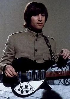 John Lennon With His Legendary 1963 Rickenbacker 325 Guitar. Beatles One, Beatles Guitar, Beatles Photos, John Lennon Beatles, Liverpool, Famous Guitars, Recorder Music, The Fab Four, Thing 1