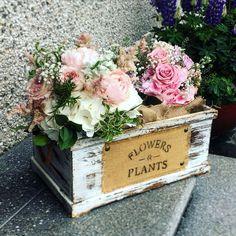 My wedding flowers Flower Box Centerpiece, Centerpieces, Flower Boxes, Wedding Flowers, Floral Wreath, June, Wreaths, Plants, Home Decor