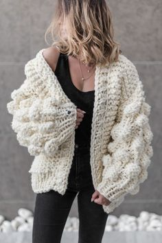 This oversize cardigan is made from semiwoool yarn.hand-knitted with high quality yarns, female, oversized, chunky, fluffy Warm Up cardigan in off-white colour with ballon sleeves Chunky Knitwear, Chunky Knit Cardigan, Mohair Sweater, Arm Knitting, Sweater Weather, Look Fashion, Knit Crochet, Outfits, Clothes