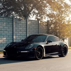 "11.6 k mentions J'aime, 52 commentaires - PORSCHE POWERED ONLY (@porschtagram) sur Instagram : ""Black on black GT3! : @954mm"" #PorscheGT3"