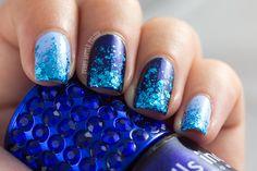 Every Little Polish: Aussie Nails Monday: Blue & March Nail Art Challenge: Sparkles