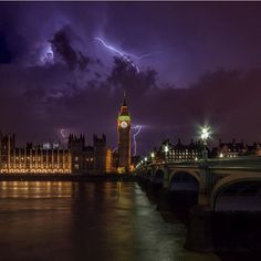 "Unbelievable lightning capture over ""Big Ben"" courtesy of @tomas_sent #beautiful #good #amazing #london #bigben #europe #nightscape #sky ━━━━━━━━━━━ All week long we will be featuring Great Britain. Hashtag your best pictures/videos taken in #greatbritain / #england with #luxwt or #luxuryworldtraveler for a chance to be featured. #luxwtengland #london ━━━━━━━━━━━ ""Dream Big, Eat Well & Travel On"" ━━━━━━━━━━━"