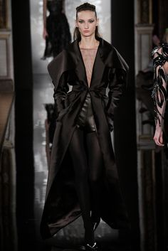 Valentin Yudashkin Ready-to-wear Fall Winter 2014 #PFW
