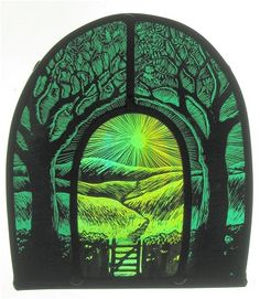 Tamsin's work is influenced by the Herefordshire countryside, the orchards, the hills, the woods and all the plants, birds and animals that grow and live. Modern Stained Glass, Stained Glass Paint, Stained Glass Designs, Stained Glass Panels, Stained Glass Patterns, Leaded Glass, Mosaic Glass, Fused Glass, Glass Art