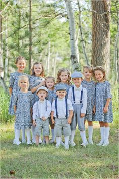 ahhh!!! cute outfits for the kids at country wedding