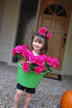 Adorable Flower Pot Costume from the Dollar Store