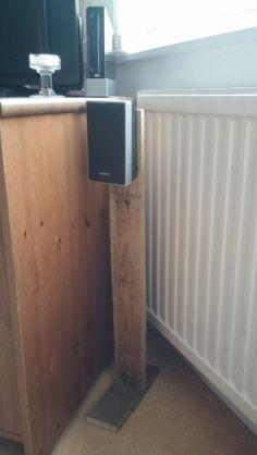 Pallet speaker stand