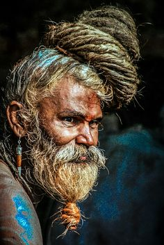 Religion in India Portrait Photography Men, Face Photography, Artistic Photography, Infrared Photography, Photography Gifts, Photography Business, Old Man Portrait, Old Faces, Smoke Art