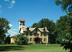 Lindenwald - President Martin Van Buren Estate in NY - now on the National Parks Register. American Presidents, Us Presidents, American History, Presidential Libraries, Victorian Photos, Old Churches, Celebrity Houses, Hudson River, Hudson Valley