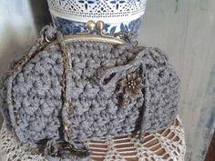 bolso tejido con trapillo modelo marguerida
