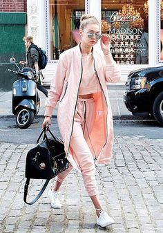 Gigi Hadid's 3 piece set is off duty model fashion to a tee.
