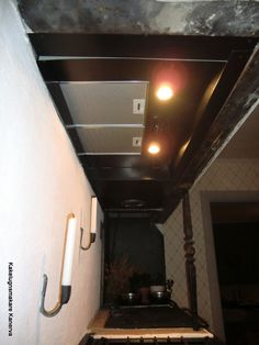 spiskapa Rocket Stoves, Track Lighting, Alice, Villa, Construction, Ceiling Lights, Home Decor, Building, Decoration Home