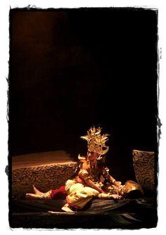 King of Sekala Brak dead and the kingdom period ends. [Rovitavare]