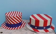 Vintage patriotic hat boxes