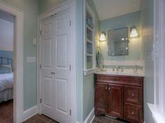 pretty bathroom paint color