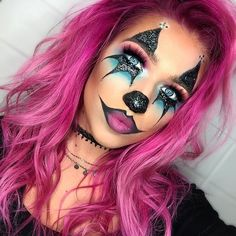 Clown Halloween Makeup Popsugar Beauty Clown POPSUGAR Beauty Halloween Make-up Clown – Halloween Make-up Halloween Clown, Amazing Halloween Makeup, Halloween Makeup Looks, Cute Clown Makeup, Evil Clown Makeup, Halloween Inspo, Halloween Halloween, Helloween Party, Special Effects Makeup