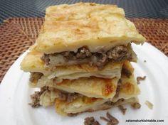 Turkish tray bake pastry with ground meat and onions; Kiymali tepsi boregi