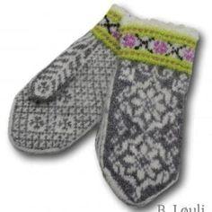 Ravelry: Villblomst Votter pattern by StrikkeBea Knitted Mittens Pattern, Knit Mittens, Knitted Gloves, Knitting Patterns, Reverse Braid, Norwegian Knitting, Aurora, Knit Art, Knitting Accessories