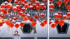 Dekoration im Ditan-Park in Peking für das chinesische Neujahr