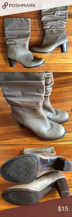 """Naturalizer N5 Mid-calf Boots 7W Cute fall boots! Lightly used and in great condition. N5 Comfort tech from Naturalizer. 7W/38. Leather upper. 2.5"""" heel. Color is dark tan/light brown. Naturalizer Shoes Heeled Boots"""