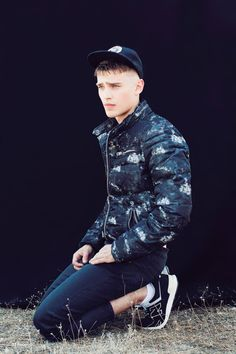Bo Develius| Ten Mag October 2013 Issue [male models|1000+ notes|facebook|twitter|google+|instagram]