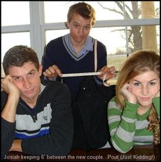 """Hilarious """"Officially courting"""" pic of chad and Erin. Josiah duggar measures the distance between them! So great. This would probably be something I would do!"""