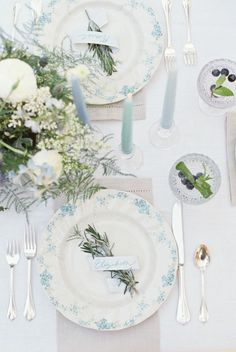 Wedding decor detail | Land and Water: Blue Wedding Ideas | Image by Live View Studios