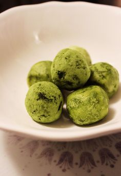 Truffes au chocolat blanc et the vert matcha