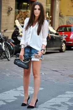 Getaway Wardrobe Italy On Pinterest Italian Street Fashion Travelling Outfits And Italian Women