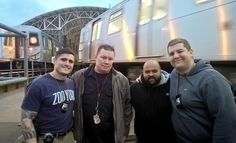 cool Localizan presunto asesino por escupir línea del metro