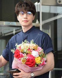Lee Dong Wook 26.05.17 Lee Dong Wook Goblin, Lee Dong Wok, Asian Actors, Korean Actors, Lee Dong Wook Wallpaper, Gumiho, Cute Actors, Gong Yoo, K Idols