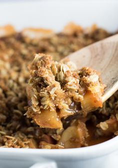 A delicious and simple recipe for the best vegan apple crisp you'll ever eat! Ready in 15 minutes and topped with a crispy oat crumble on top. You won't regret making this recipe!