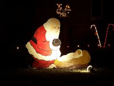 Santa kneels to Jesus wooden yard decoration. On a mission to find one for next Christmas Christmas Makes, Christmas Past, Pink Christmas, Christmas Holidays, Christmas Crafts, Celebrating Christmas, Christmas Nativity, Homemade Christmas, Christmas Baking