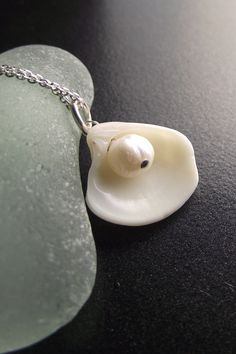 Not a fan of pearls but love the concept.