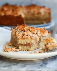 This classic cinnamon coffee cake is completely paleo, gluten free, and nut free! A healthy twist that tastes just like the traditional! Zuchinni Cake Recipes, Pumpkin Cake Recipes, Pound Cake Recipes, Delicious Cake Recipes, Yummy Cakes, 9x13 Cake Recipe, Cinnamon Coffee, Cake Ingredients, Paleo Dessert