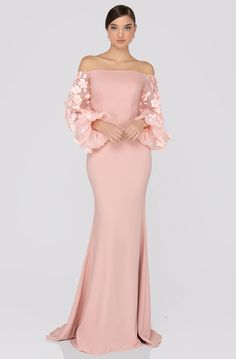 Terani Couture - Offshoulder Floral Accent Puff Sleeves Gown Source by dress couture Dress Couture, Terani Couture, Couture Fashion, Pageant Dresses, Evening Dresses, Evening Gowns With Sleeves, Formal Gowns With Sleeves, Afternoon Dresses, Flapper Dresses