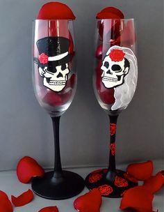Wedding Champagne Flutes by UnoMasGlassware on Etsy, $40.00