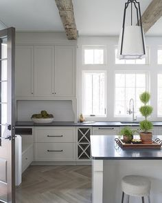 The large casement windows light up this clean and simple kitchen design. Designed by and by The large casement windows light up this clean and simple kitchen design. Designed by and by Off White Kitchen Cabinets, Off White Kitchens, Kitchen Tops, Modern Farmhouse Kitchens, Home Kitchens, Kitchen Decor, Shaker Cabinets, Colorful Kitchens, Cottage Farmhouse