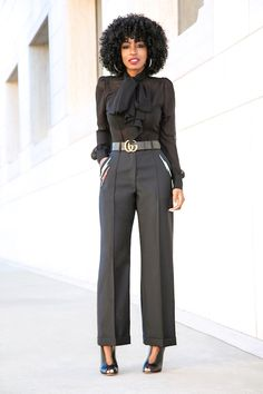 Where to shop work clothes for modern working women Classy Work Outfits, Business Casual Outfits, Business Fashion, Stylish Outfits, Office Outfits, Business Attire, Work Fashion, Fashion Pants, Fashion Outfits