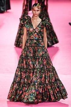 Alexis Mabille Spring 2019 Couture Fashion Show - Vogue Alexis Mabille, Spring Couture, Couture Week, Haute Couture Fashion, Vogue Fashion, Runway Fashion, Spring Fashion, Paris Fashion, Fashion Show Collection