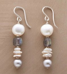 MODERN CAIRN EARRINGS -- Freshwater pearls and labradorite stack up in strikingly modern earrings. Pearl Jewelry, Wire Jewelry, Jewelry Crafts, Beaded Jewelry, Jewelery, Handmade Jewelry, Prom Jewelry, Bridesmaid Jewelry, Jewelry Sets