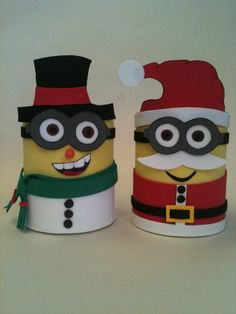 Dulceros - Alcancias Minions Navideños Minion Christmas, Christmas Bags, Christmas Door, Christmas Projects, Christmas Ideas, Xmas Gifts, Diy Gifts, Toilet Paper Roll Crafts, Crafty Kids