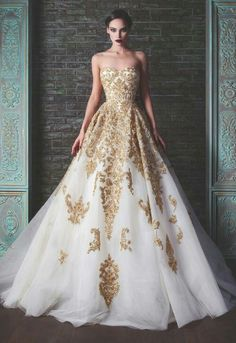 "9a58bd5b8258 White and gold - Rami Kadi – Couture ""Le Gala Des Mysteres"" – Fall Winter"