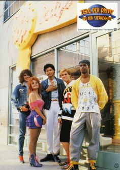 Earth Girls are Easy - Geena Davis, Julie Brown, Jeff Goldblum, Jim Carrey, and Damon Wayans - huge cast before most of them were famous - ridiculous movie.