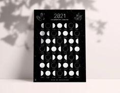 Calendrier lunaire 2021 - Ona creation - Idées cadeaux créateur Etsy - Phases de la lune, spiritualité, cycles, witch, sorcière Printing Services, Online Printing, Moon Phase Calendar, Lunar Phase, Baby On The Way, New Moon, Moon Phases, Mini, Full Moon