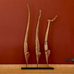 Con rami e tronchi d'albero si possono creare sculture.